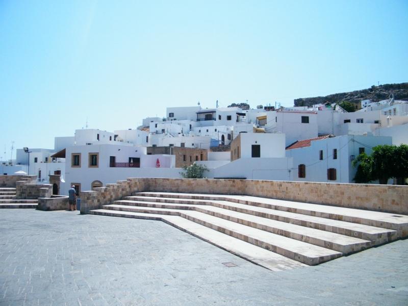 Anfiteatro de Lindos. Hace verdadero calor en este lugar. /Grecia. J.M