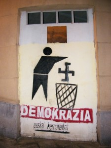 esvástica como símbolo fascista