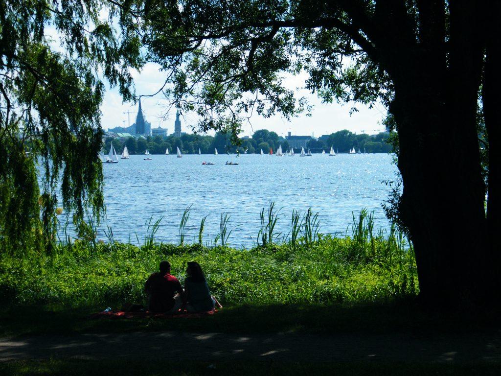 Vista del Alster en Hamburgo
