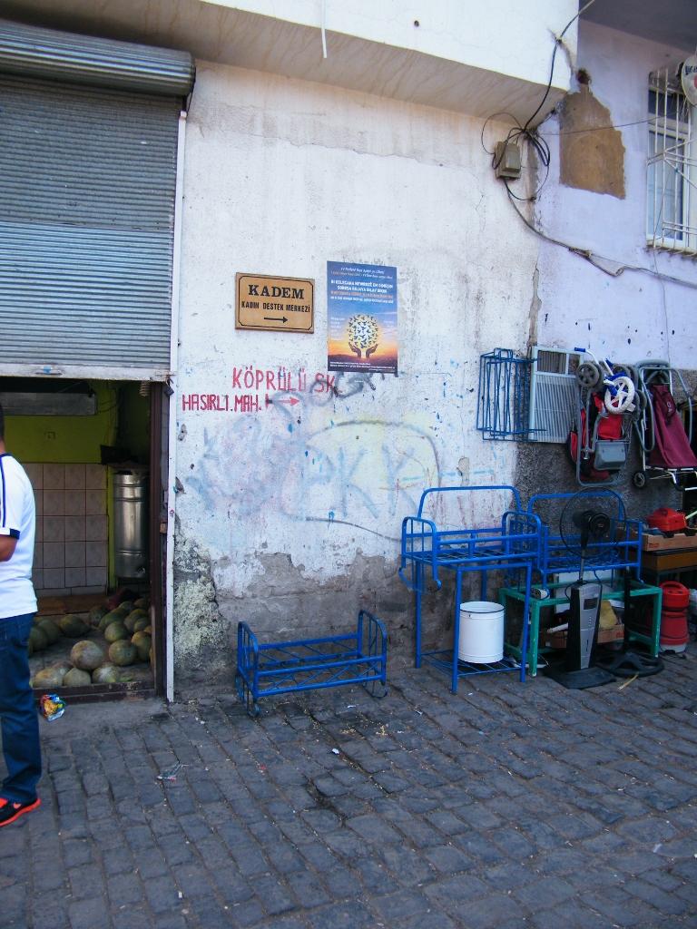 Pintada del PKK en Diyarbakir