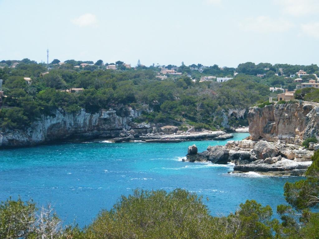 Mediterráneo; Palma de Mallorca, color mar y tierra