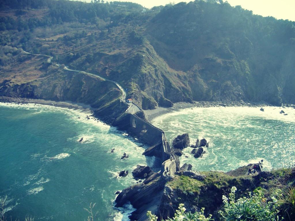 vista impresionante desde San Juan de Gaztelugatxe