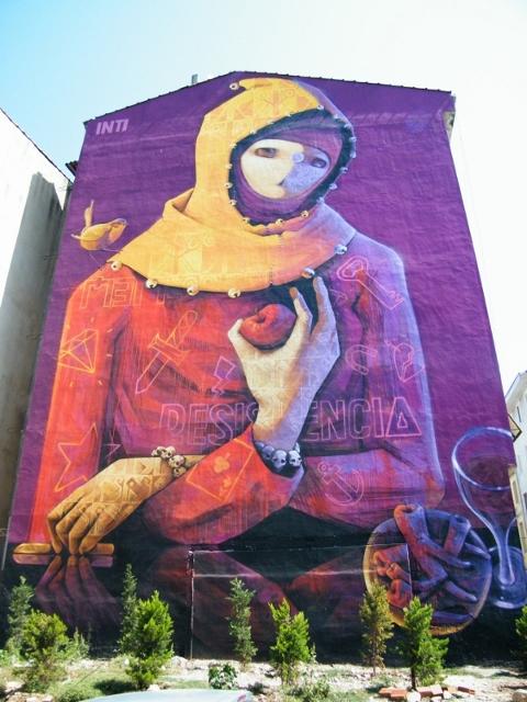 mujer en turquia resistente