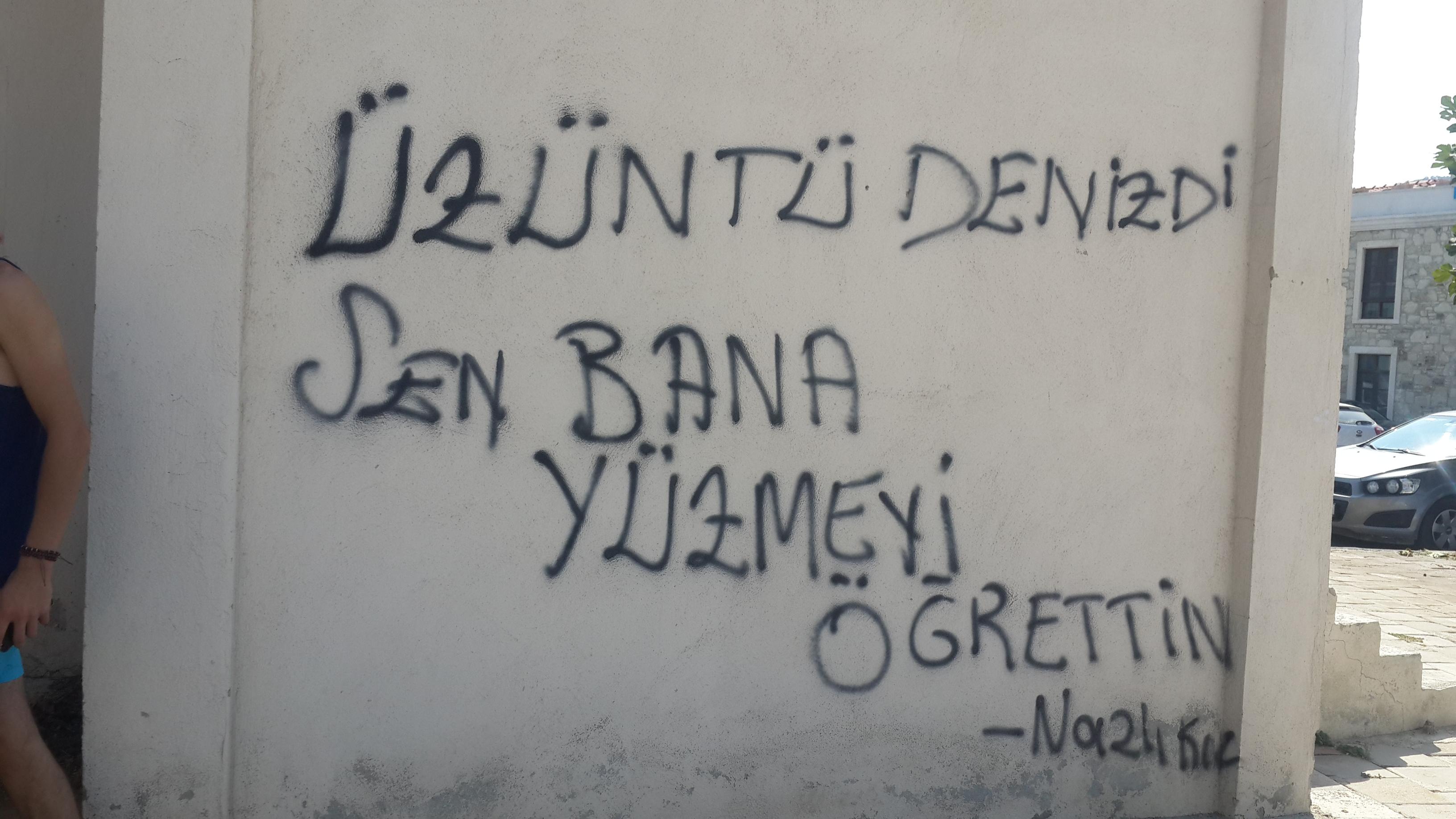paredes pintadas de amor en TUrquía