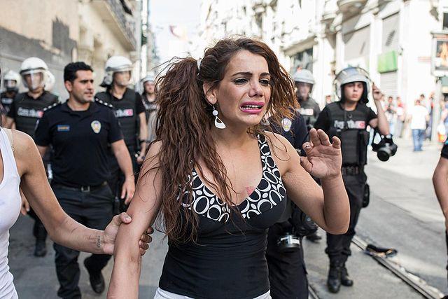 Mujeres en Turquía: Hande Kader